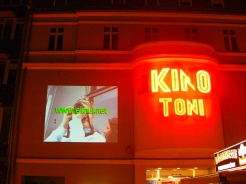 elmur zzz urban intervention video art collective visual dialogue berlin urban screening weissense LQ